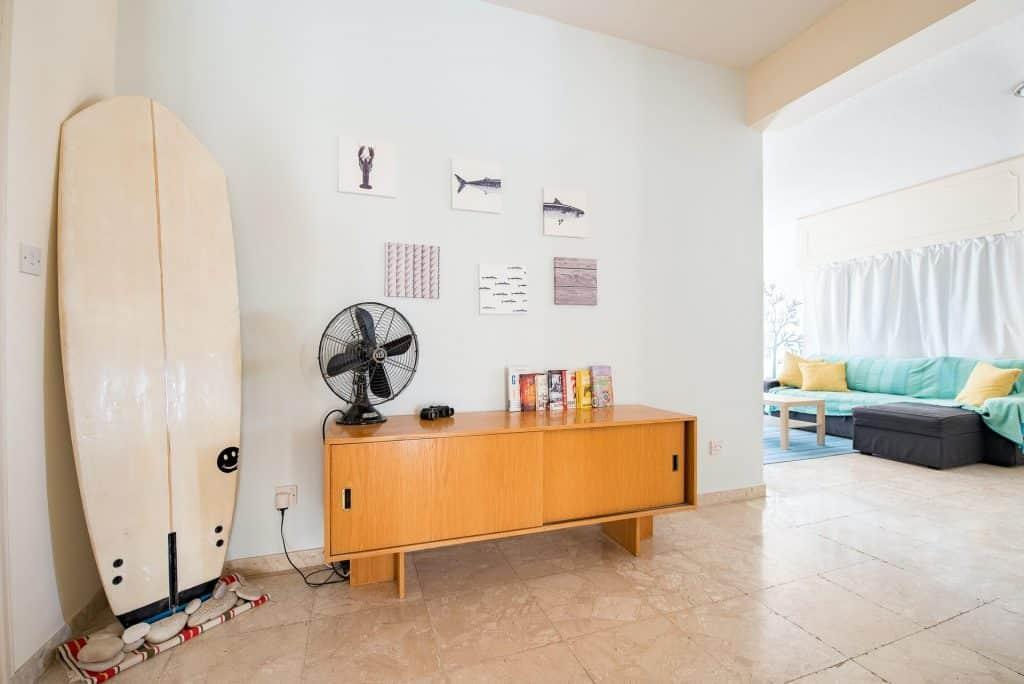 Utilisations, avantages et inconvénients des ventilateurs de table